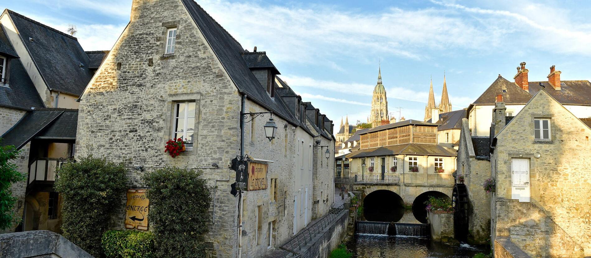 La ville de Bayeux et sa rivière