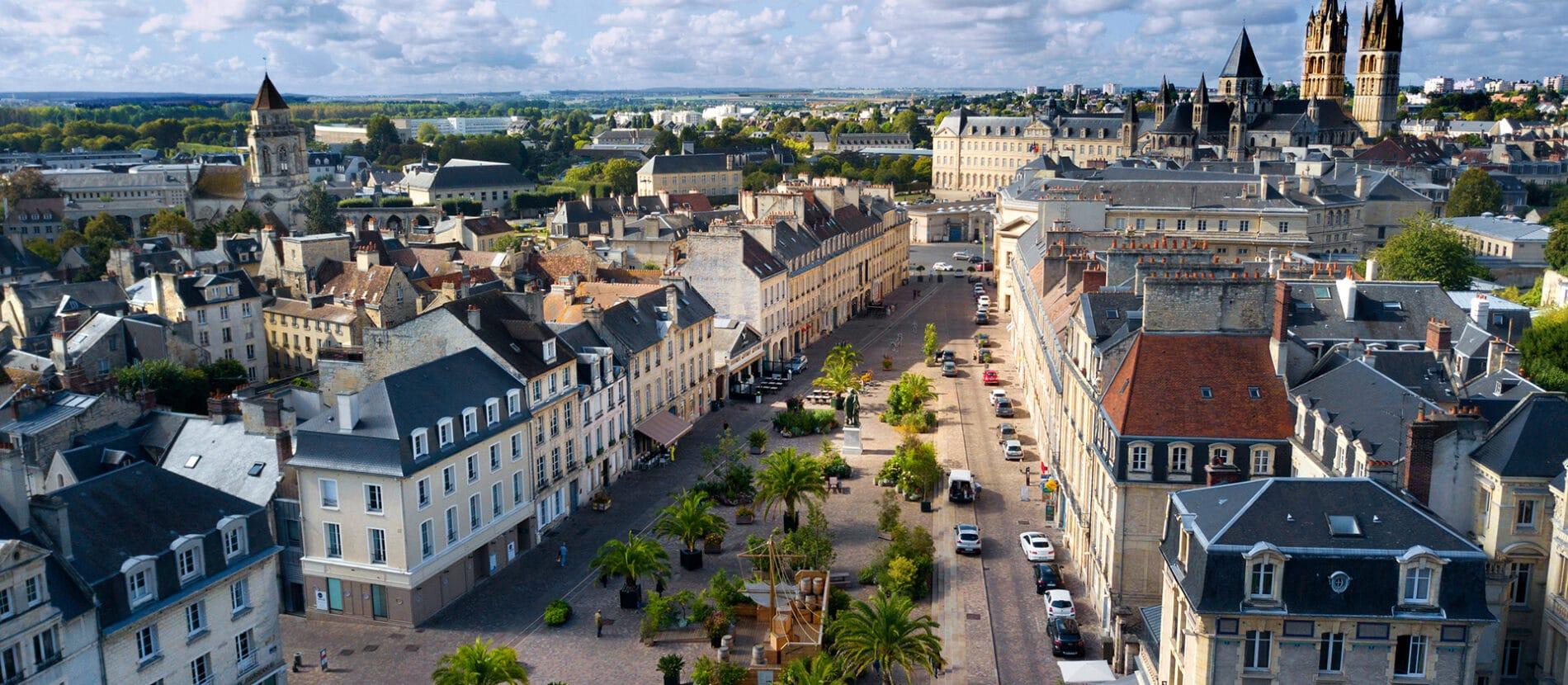 La place Saint Sauveur à Caen prise en drone
